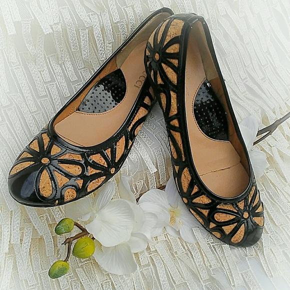faf1257f0e22a Sesto Meucci Shoes | Bobbi Floral Flats | Poshmark